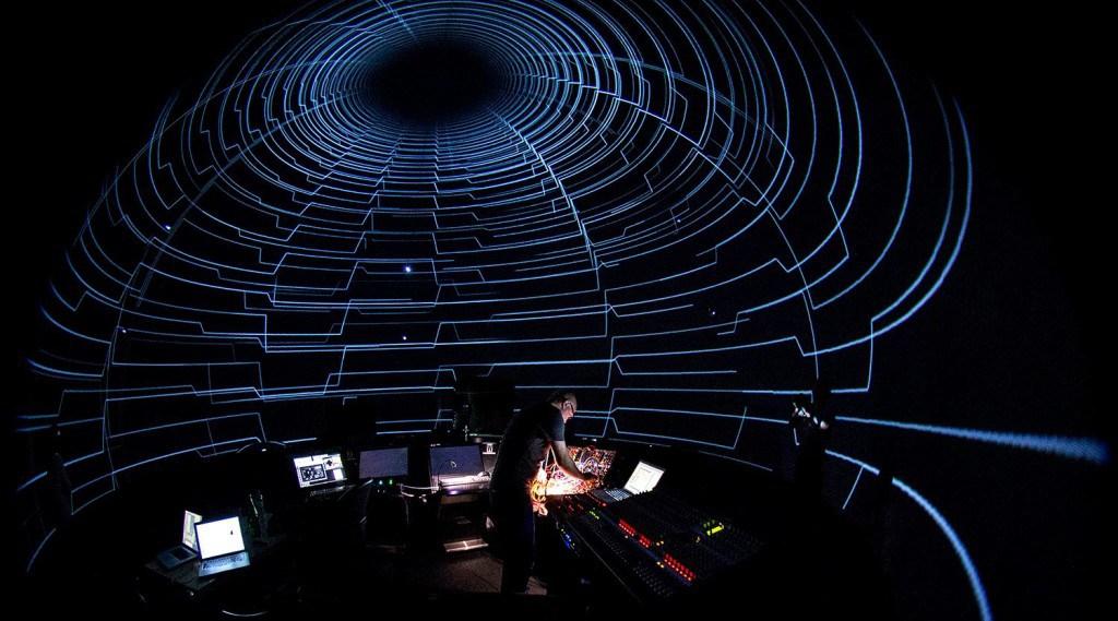 SIG.INT, audiovisual live performance in SAT Montréal